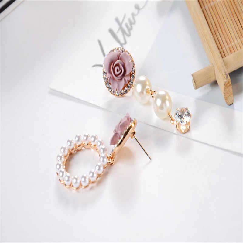 豪華な非対称ピンクの花模造真珠のイヤリング女性の Cz 魅力的なイヤリングパーティージュエリー