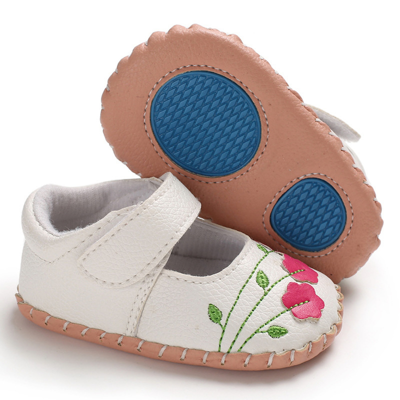 Baby Girl Shoes Newborn Toddler Boy Soft Handmade Rubber Sole Embroidered Flower Infant First Walkers Princess Baby Crib Shoes