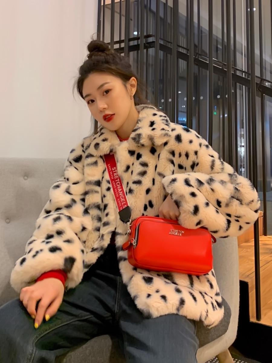 Plush jacket women winter short 2021 new Korean version of loose lamb wool faux fur leopard Plush jacket women winter short 2021 new Korean version of loose lamb wool faux fur leopard print fur coat women winter
