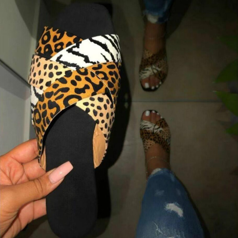 Sexy Leopard Print Ladies Cross Slides for Summer Open Toe Female Outside Flip Flops Comfort Large Size Women Beach Shoes