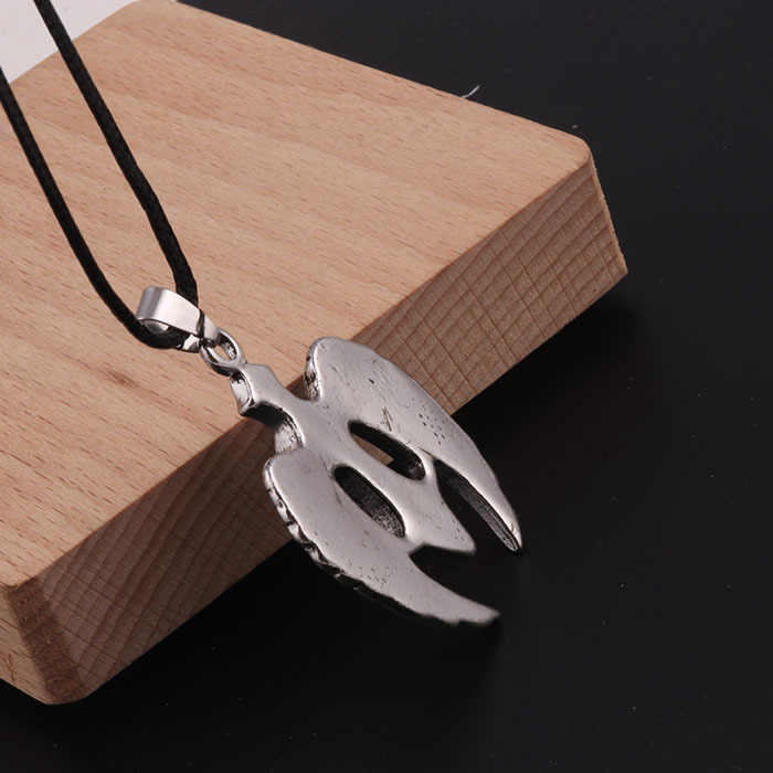 Mężczyzna wisiorek naszyjnik Retro Punk krzyż naszyjnik skrzydła kryształ cyrkon biżuteria hip hop Rock prezent dla chłopaka