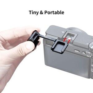 Image 4 - UURig podwójny uchwyt mocujący do butów zimnych przedłużyć wspornik do uchwytu do mikrofonu światło LED do kamery Sony A6000 A6300 A6500 A6400 DSLR