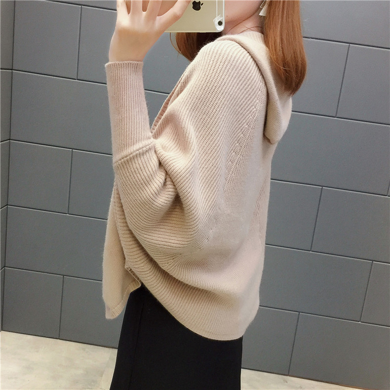 2019 Free send New style Korean loose and comfortable Autumn women Cardigan Sleeve of bat Hooded Sweater coat 125