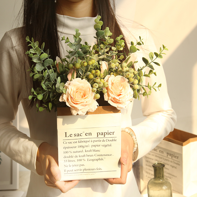 INS Mida Eucalyptus Rose Bunch Trumpet 2 Flower Party Wedding Dried Bouquet Artificial Gift Paper Box