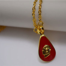 Chairman Mao's red pendant red necklace celebrity style jewelry Mao Zedong's head glue safe collection Gifts chairman mao pattern stainless steel plastic windproof oil lighter red