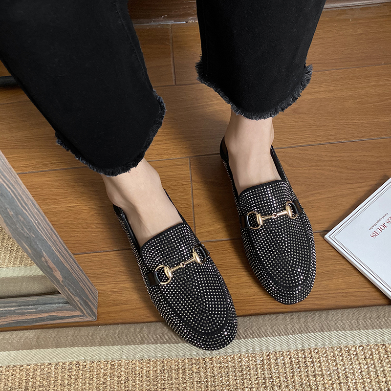 2020 Summer New Italian Luxury Brand Urban Women Simple Sexy Playful Elegant White Collar Flat Black Sequin Womens Loafers Shoes
