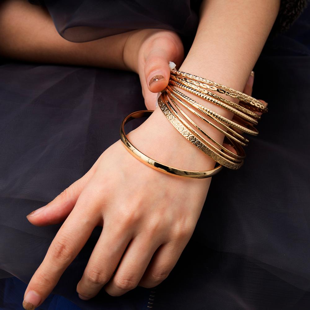Lacteo 11 Pcs/set Bohemian Multi Element Barcelet Bangle for Women Statement 2019 Fashion Golden Round Circle Charm Bracelet