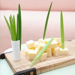10Pcs/Set Plastic Bamboo Leaf Shape Fruit Fork Fruit Tools Kitchen Gadget Dark Green/Light Green Snack Supplies Multi Purpose