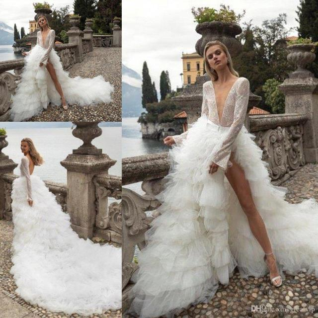 2020 Sexy Deep V Neck Wedding Dresses Tiered Ruffles Tull Tain Bridal Gown A Line Long Sleeve Wedding Gowns