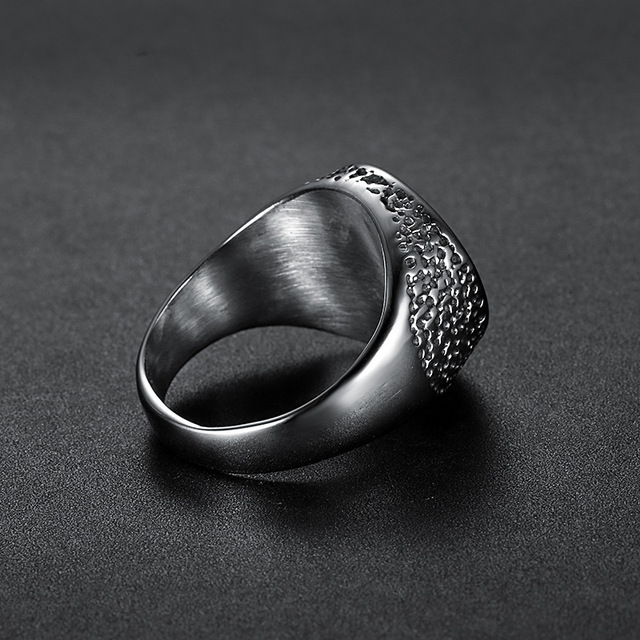 Eye of Horus Silver color Udjat Amulet Ring 316L Stainless Steel Ring Egypt Pharaoh King Motor Biker Mens Party Jewelry