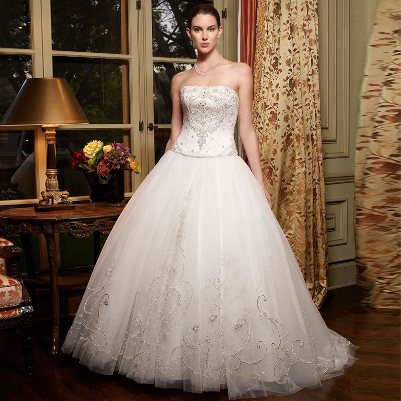 Chapel Train Bead And Pleat Luxury Princess Bridal Ball Gown Vestidos De Novia Strapless Lace Backless Wedding Dress