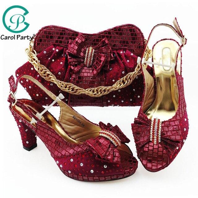 ワインカラーシミュレーション革アフリカ靴やバッグセットにパーティーの女性の靴マッチングバッグセットイタリア靴とマッチングバッグ