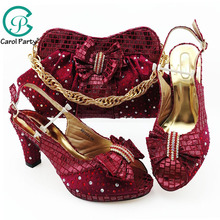 Şarap Rengi Simülasyon Deri Afrika ayakkabı ve çanta seti Parti Kadınlar için ayakkabı ve uyumlu çanta Seti İtalyan ayakkabı uyumlu çanta