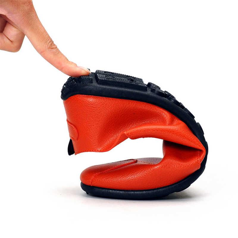2019 nuevos planos de moda para Hombre Zapatos transpirables ligeros Zapatos casuales bajos mocasines Hombre zapatillas de deporte guisantes Zapatos Hombre