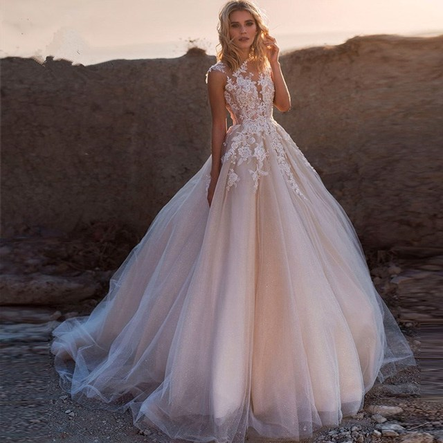 Blush Pink Puffy Tulle Wedding Dresses with Train 2020 New Lace Applique Scoop Neck Boho Bridal Gown vestido de noiva trouwkleed