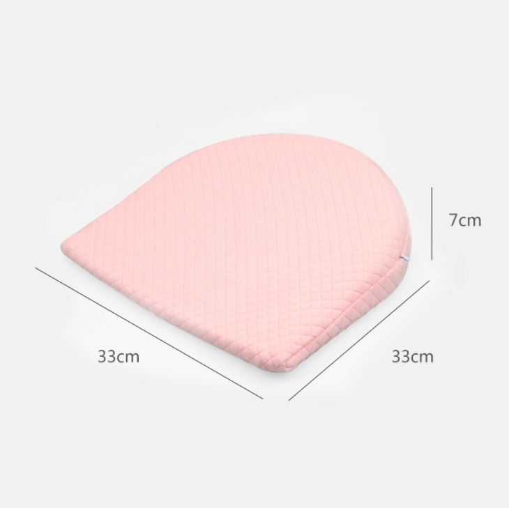 Купить с кэшбэком Baby Crib Wedge Pillow Memory Foam Sleeping Wedge Pillow For Baby Bedding Kid Spit Milk Nursing & Sleep Shaping Pillow Bedding