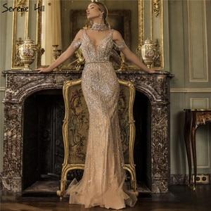 Image 5 - Sereno colina dubai cinza pérolas diamante vestido de noite 2020 mais recente design com decote em v sem mangas sexy vestido de festa formal cla70055