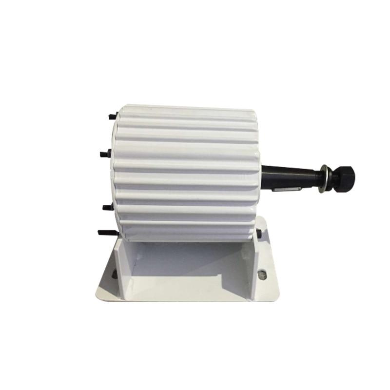 AC 48V 96V 220V 2KW Permanent Magnet Generator With a Horizontal Base