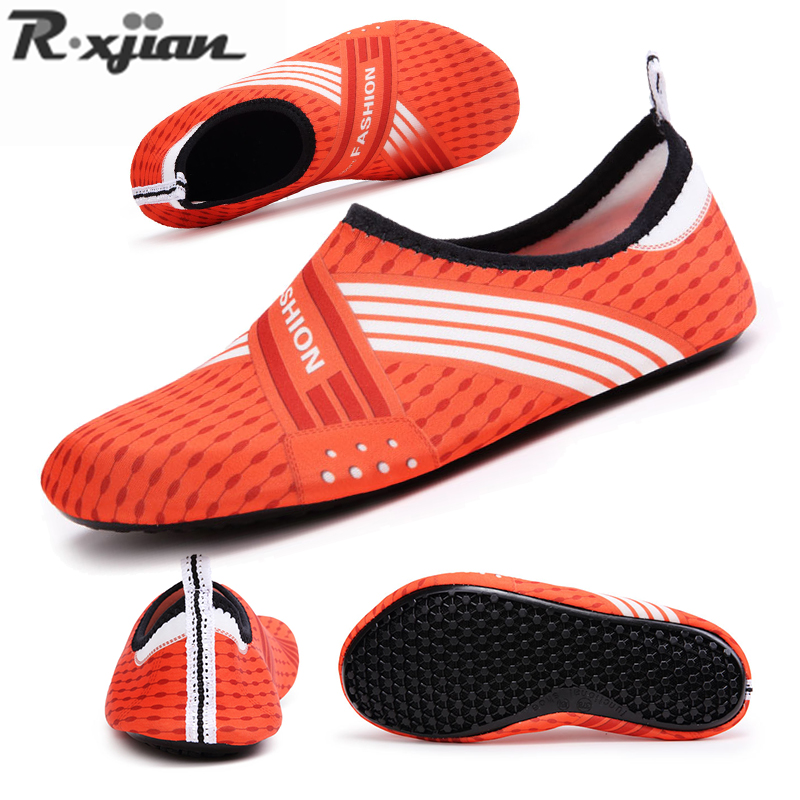 Summer new men's and women's beach sandals indoor training non-slip easy to bend yoga shoes couple color wading shoes