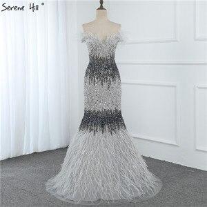 Image 4 - 두바이 디자인 그레이 럭셔리 섹시한 이브닝 드레스 크리스탈 깃털 오프 어깨 공식 드레스 2020 고요한 힐 LA70242