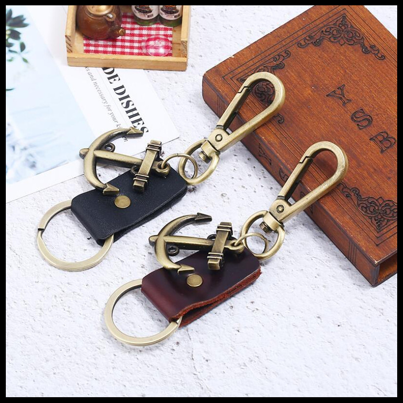 2019 NEW Fashion Creative Cowhide + Anchor Punk KeyChain Charms Bag Ornaments Car Key Chain Exquisite Gift Keyring Wholesale