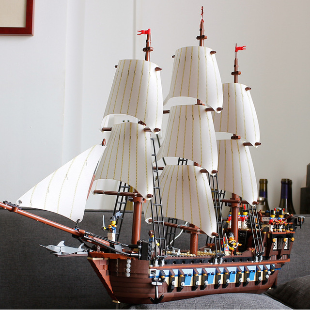 Fast UK post 1717PCS  Pirates of the Caribbean Imperial warships  legoin