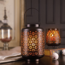 Retro Candlestick Creative Iron Crafts Lanterns Jewelry Home Decoration Desktop Candlestick Home Living Room Decoration Gifts