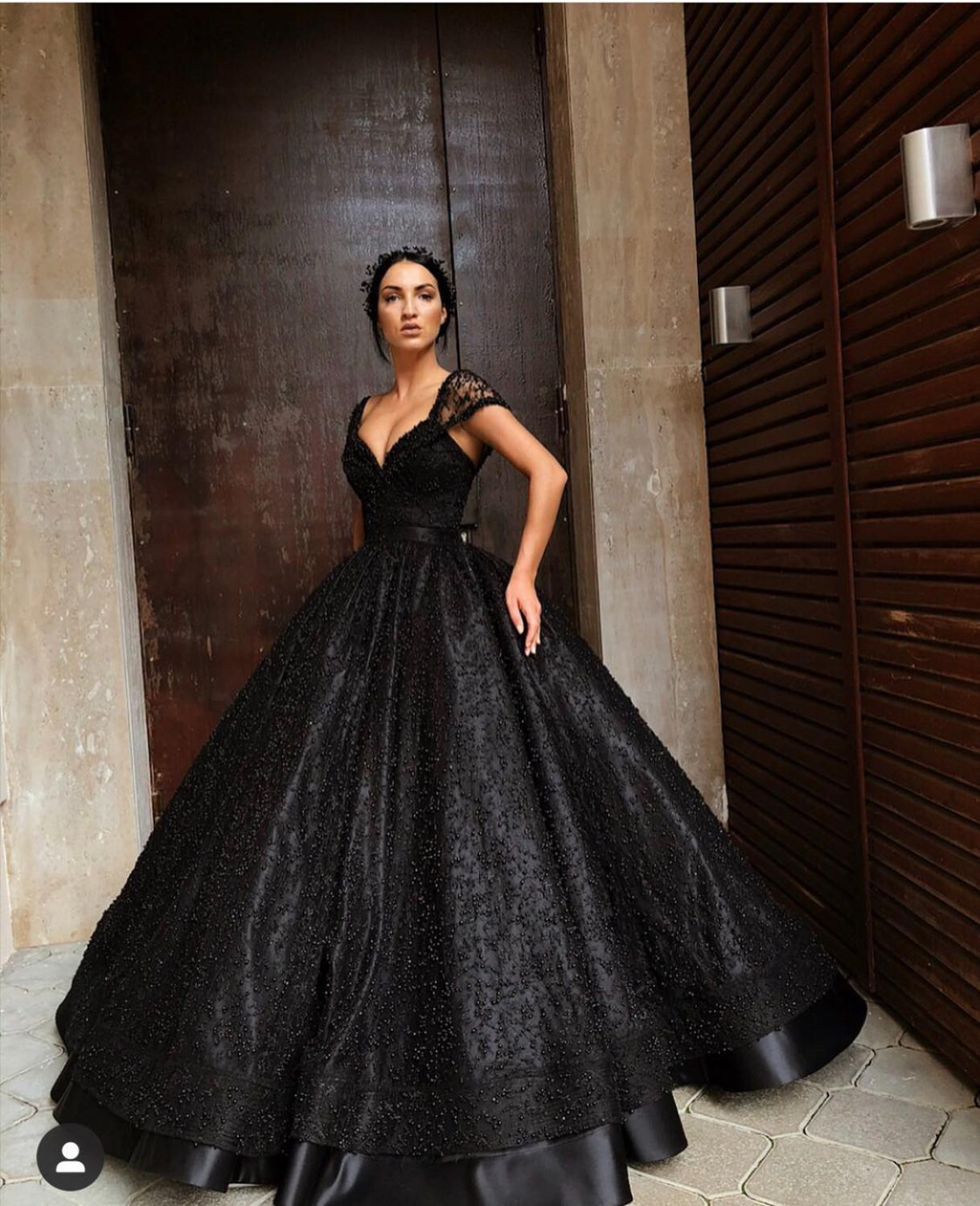 Luxury Black Ball Gown Beaded Prom Dress Off Shoulder V Neck Open Back  Women Formal Evening Dresses Long Plus Size Party Gowns|Prom Dresses| -  AliExpress