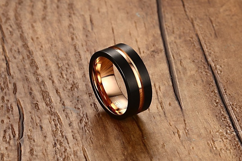 Fashion Mens Rings 8mm Black Brushed Tungsten Carbide Ring Rose Gold Inlay Groove Flat Cut Edge Men Wedding Band Jewelry anel masculino 18