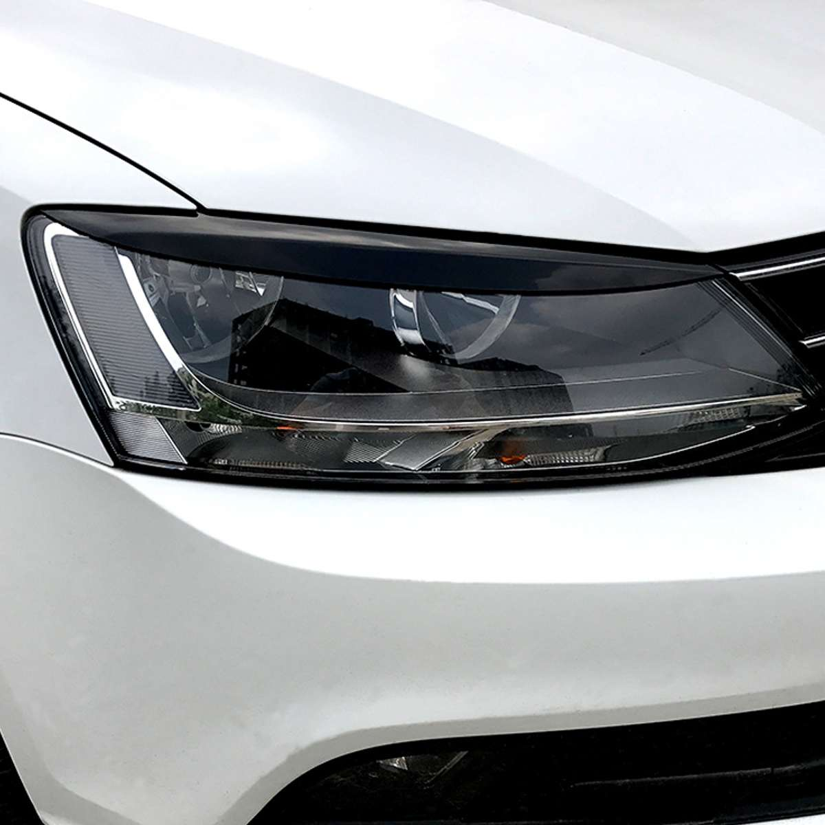2 Pcs/lot Headlights Eyebrow Eyelids ABS Trim Cover For Volkswagen For VW For Jetta MK6 Sagitar NCS 2010 2011-2018 Car Styling