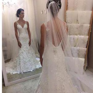 Image 2 - 2020 New Elegant Appliqued Lace Wedding Dress Mermaid V neck Zipper Back V neck Cheap Wedding Gown Vestido De Novia