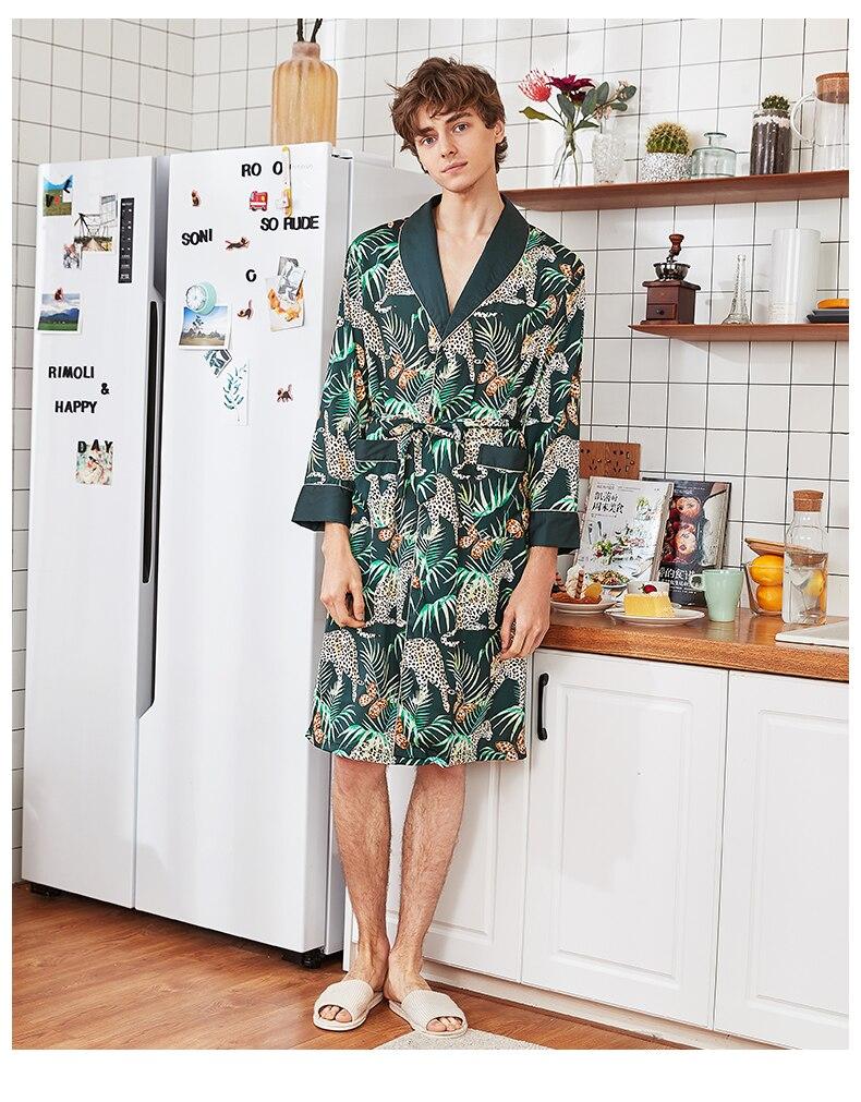 халат мужской Pajamas  Men Rayon Satin Robe Casual Peignoir Homme Men Kimono Gown Yukata Bathrobe Nightwear Home Wear Szlafrok