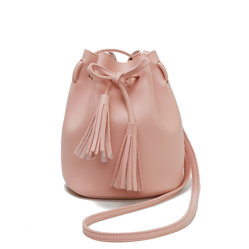 Women Bag Shoulder Crossbody Bucket Bags For Women 2020 Summer Tassel Women Bags Leather Purses Luxury Handbags Famous Brand