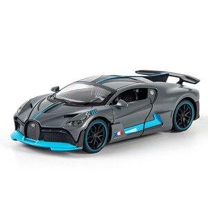 1/32 Alloy Bugatti DIVO Super Sports Car Model Toy Die Cast Pull Back Sound Light Toys Vehicle For Children Kids Gift