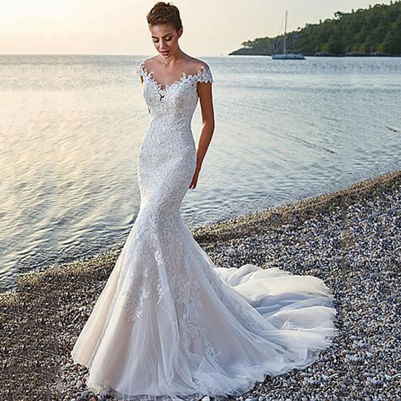Mermaid Wedding Dresses 2019 Lace Appliques Sexy V neck Backless Tull Bridal Gown Princess Wedding Gowns Plus Size Customized