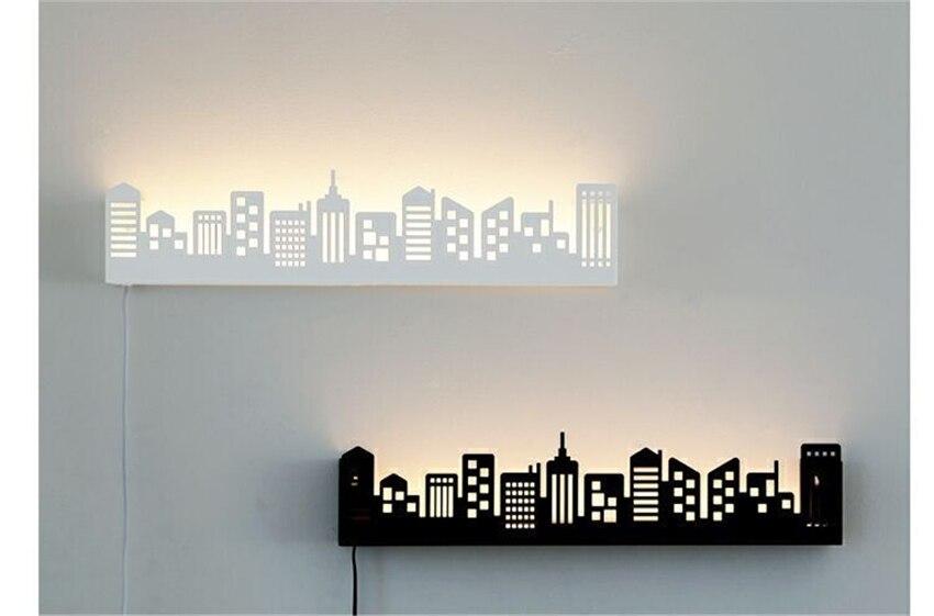 Cidade moderna conduziu a lâmpada de parede