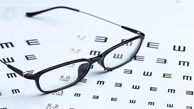 防蓝光眼镜真的有用吗?插图1