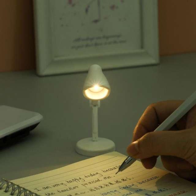 Home Decor Retro Book Lamp Mini LED Table Lamps Folding Night Light Magnetic Table Eye Protection Dimming Desk Led Luminaria