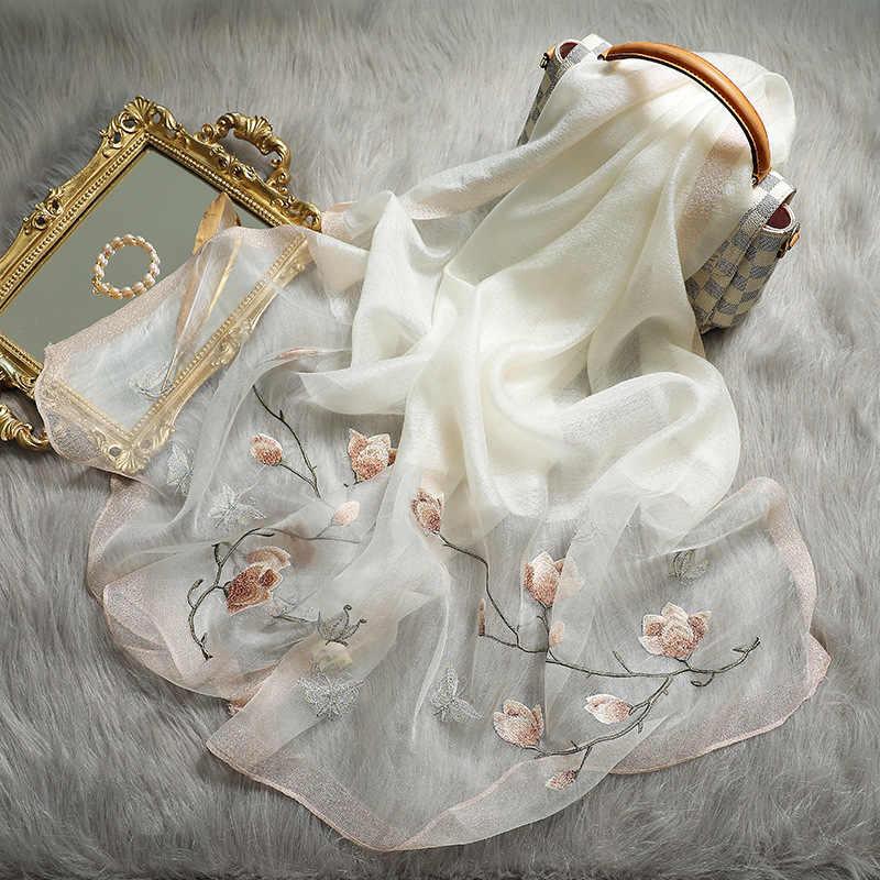 2020 Nuova Sciarpa di Inverno per le Donne di Seta di Lana A Maglia Ricamo Floreale Elegante Pashmina Sciarpe per le Signore Primavera Calda Scialli Stole