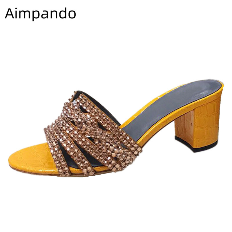Pantoufle de diamant femmes bout rond talon carré épais chaussures de plage couleurs de bonbons chaussures de fête Mujer Bling cristal pantoufles femme
