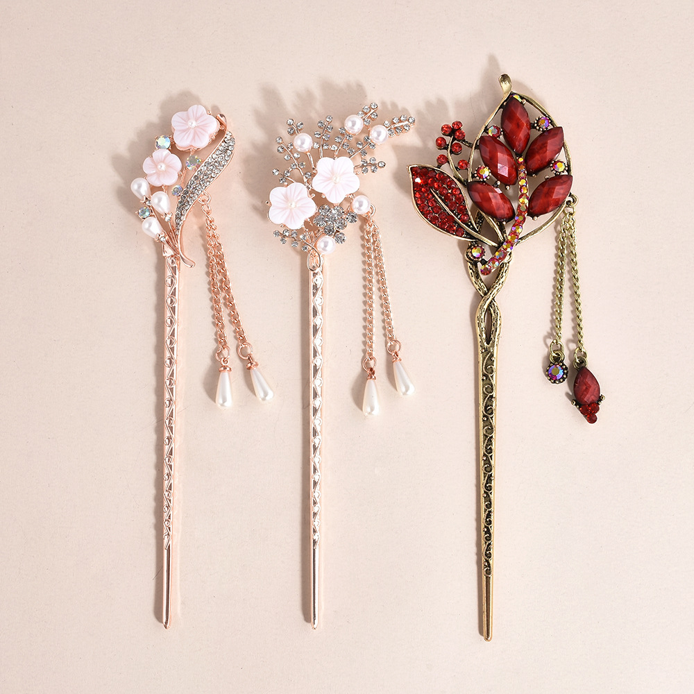 China Classical Style Flower Leaves Hairpins Crystal Rhinestone Tassel Hair Sticks Silver Hair Combs Wedding Hair Accessories