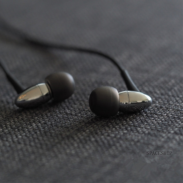 Moondrop Spaceship HiFi In Ear Earphone Dynamic Driver Bass Headplug Earphone Earbud 4N OFC Cable air kanes  crescent nameless 4