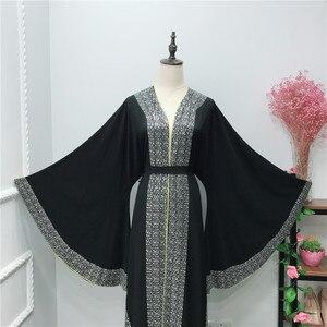 Image 4 - אלגנטי דובאי ערבית מוסלמיות נשים העבאיה שמלת משובץ מואר אבן האיסלאם קפטן עטלף קפטן שרוול ארוך בגדים אסלאמיים גלימה