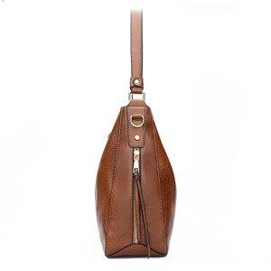Image 3 - Bolsas de luxo bolsas femininas designer sacos de couro macio para as mulheres 2020 hobos europa crossbody saco senhoras do vintage famosa marca sac