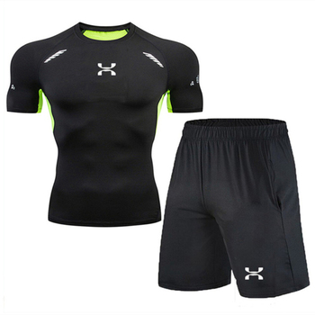 Gym quick-drying compression suit short-sleeved shirt + shorts men running suit tight-fitting sports suit brand fitness clothing gumpurun hot fitness 3d superhero tshirt high resilience tight fitting avengers batman men s bodybuilding long sleeved t shirt