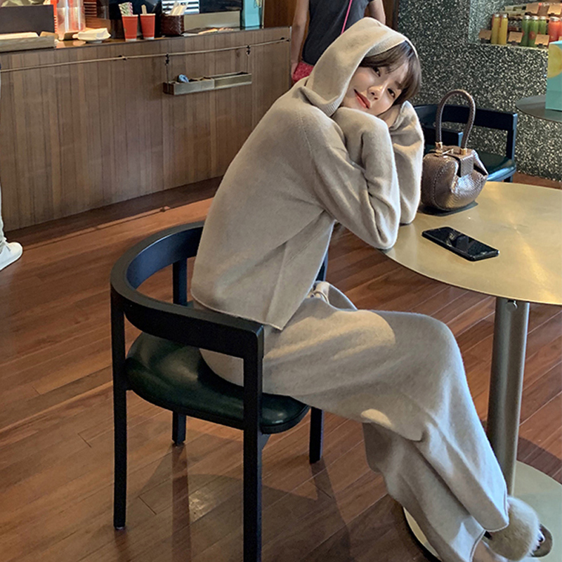 New High Qulaity Women Knit Pant Set Fashion Autumn Winter Wool Hooded Knitted Warm Soft Sweater Tracksuit And Trousers Suit