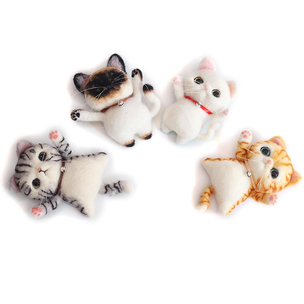 Artec360 Cat Needle Felting Kit with Brooch Decoration with Enough Materials to Finish Detailed Instruction for Beginner A