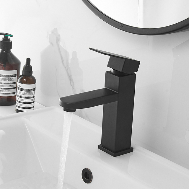 XUNSHINI Black Square  Bathroom Sink Faucet Single Handle Basin Faucet Wash Tap Bathroom Toilet Deck Mounted Basin Tap 2