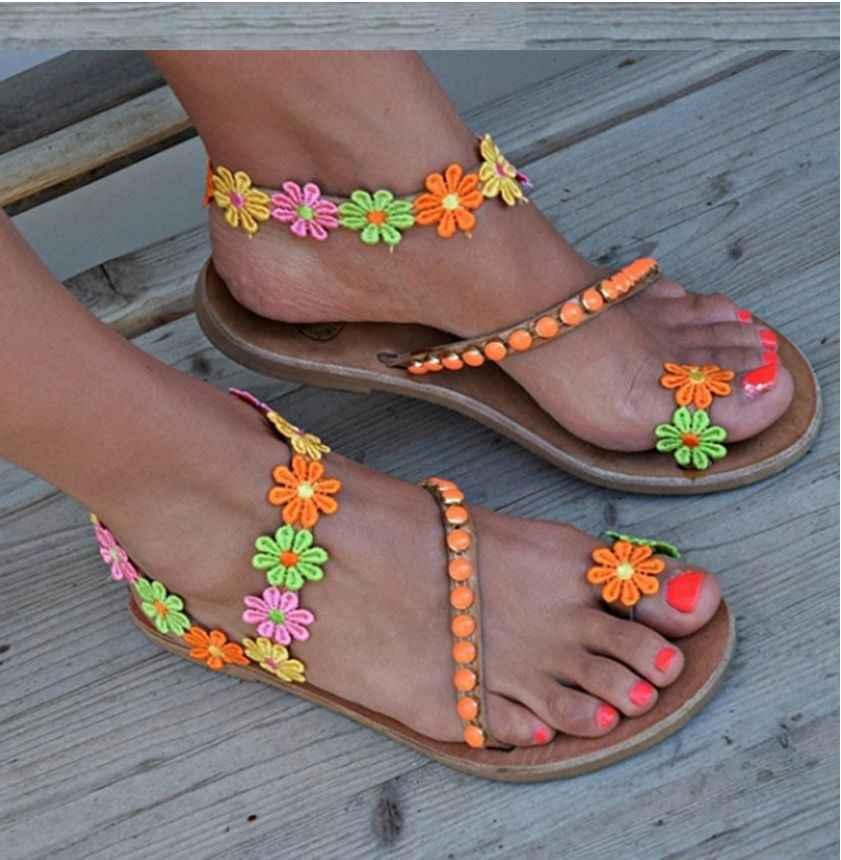 工場直接女性の靴グラディエーターレトロ国家風の女性の靴フラットファッション花自由奔放に生きるスタイルビーチサンダル女性 sa