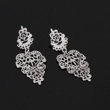 2020 Rushed Tin Alloy Cartoon Earing Oorbellen Aretes Europe And The New Joker Bohemia Hollow Out Leaves Leaf Earrings Fashion oorbellen zinc alloy rushed earing 2018 xionggui new arrival korean color rhinestones flower earrings piercing four leaf clover